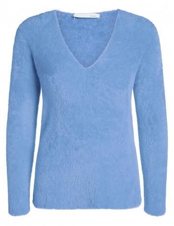 Пуловер пушистый